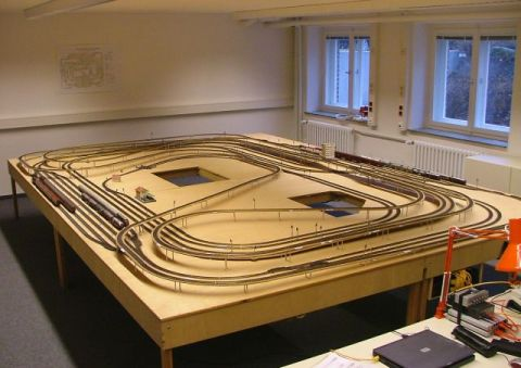 Bens train hobby easy to model railway buildings oo scale for Architecture models for sale
